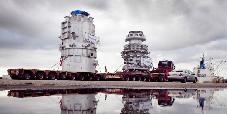 De Hisarnaproeffabriek arriveert bij Tata in IJmuiden, 2012