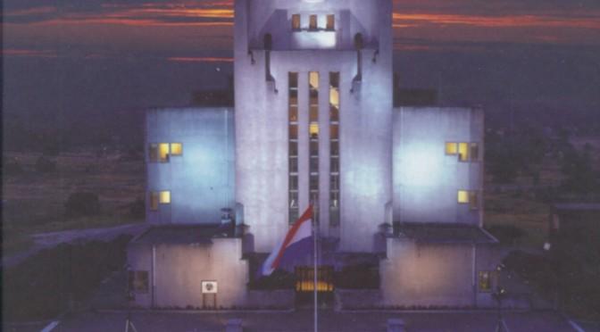 Radionostalgie, recensie (DI, 10 juli 2009, 10/11)