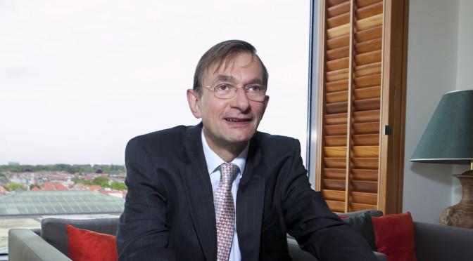 DRS.IR. JEROEN VAN DER VEER STREEFDE NAAR STATUSVERHOGING INGENIEURS    'Zonder techniek is Shell nergens'